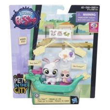 Littlest Pet Shop Городской транспорт Resa Haiku and Ella Escargot B7755