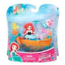 Disney Princess Набор для игры в воде: маленькая кукла Принцесса Ариель и лодка B5339