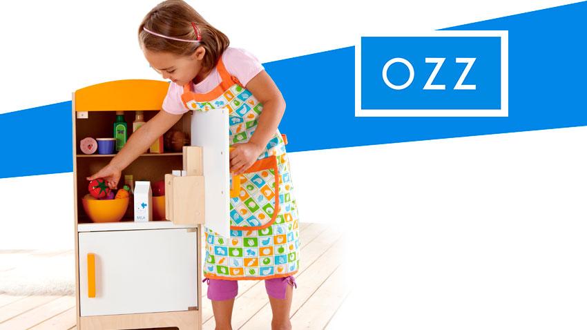 Детская кухня и кухонные принадлежности